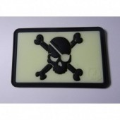 JTG PIRATE SKULL PATCH (GLOW IN THE DARK) 3D RUBBER